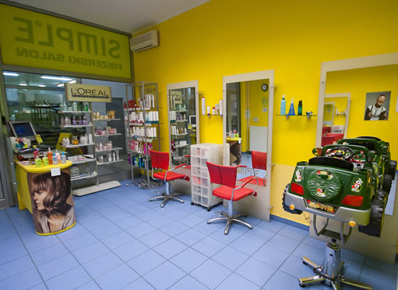Frizerski salon SIMPLE - Sežana nakupovalni center Spar
